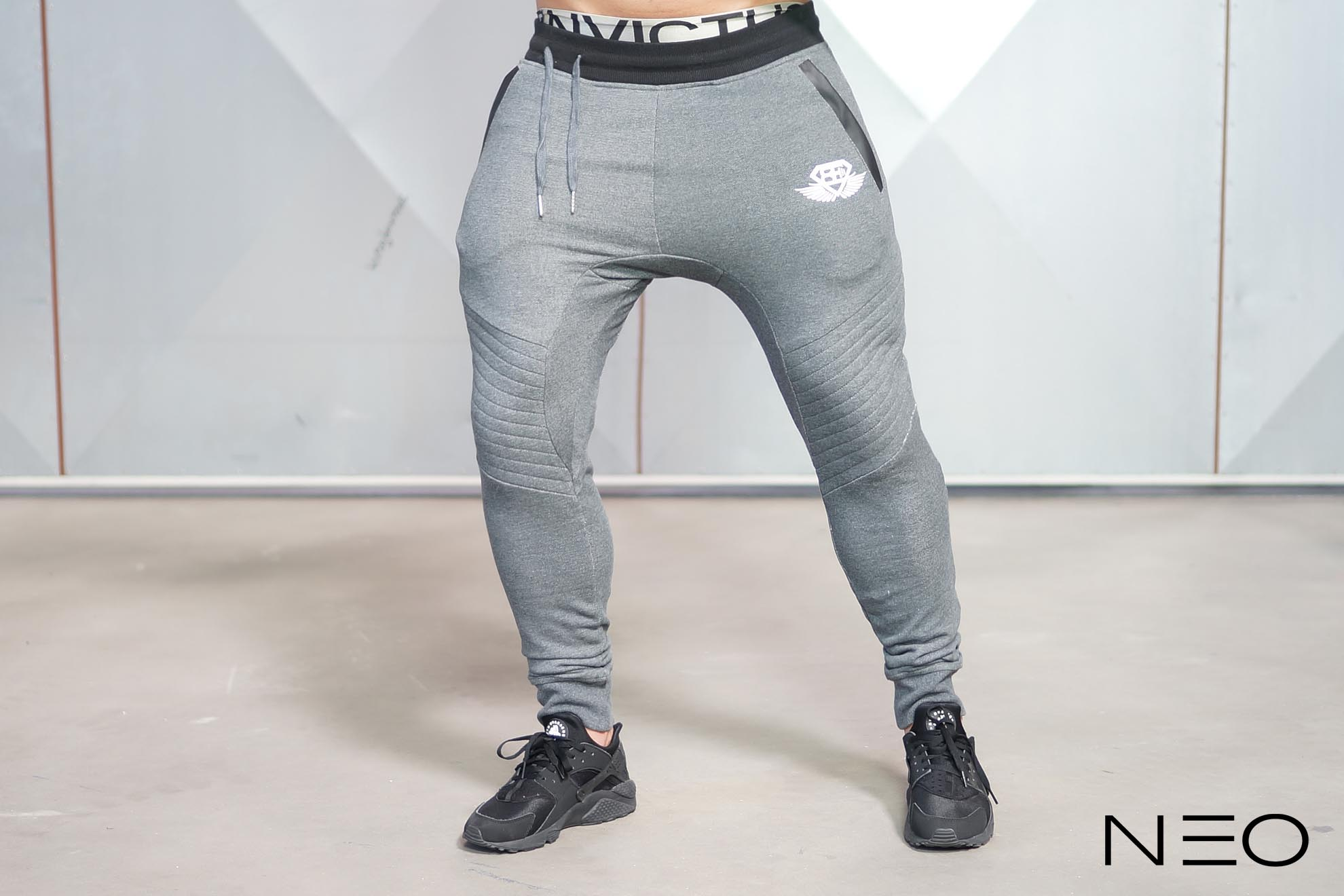 NEO – Joggers ANTHRACITE – Body Engineers International SHOP