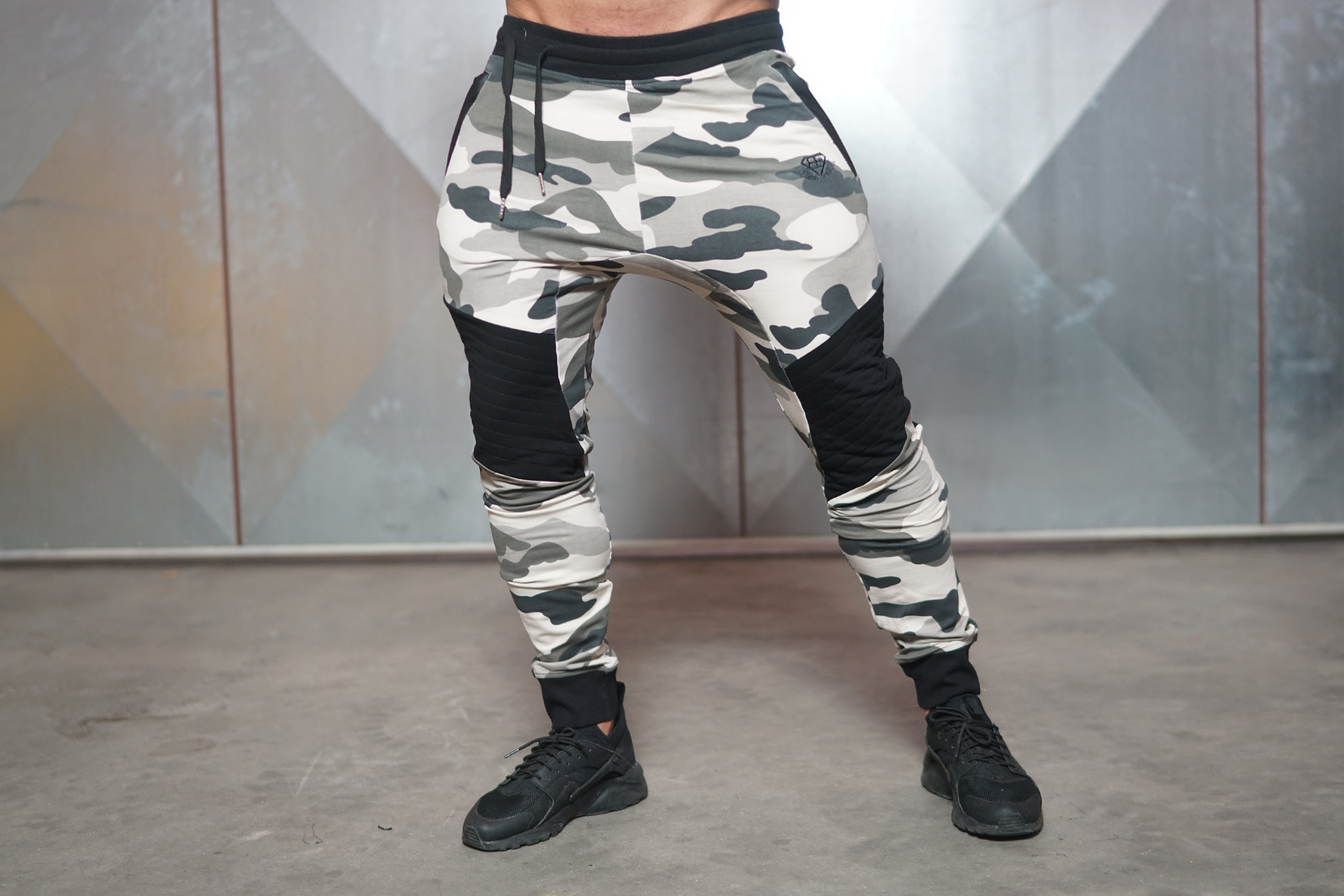 NEO 2.0 – Joggers Desert Storm – Body Engineers ...