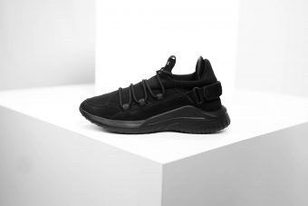 XA1 Sneaker - BLACK OUT
