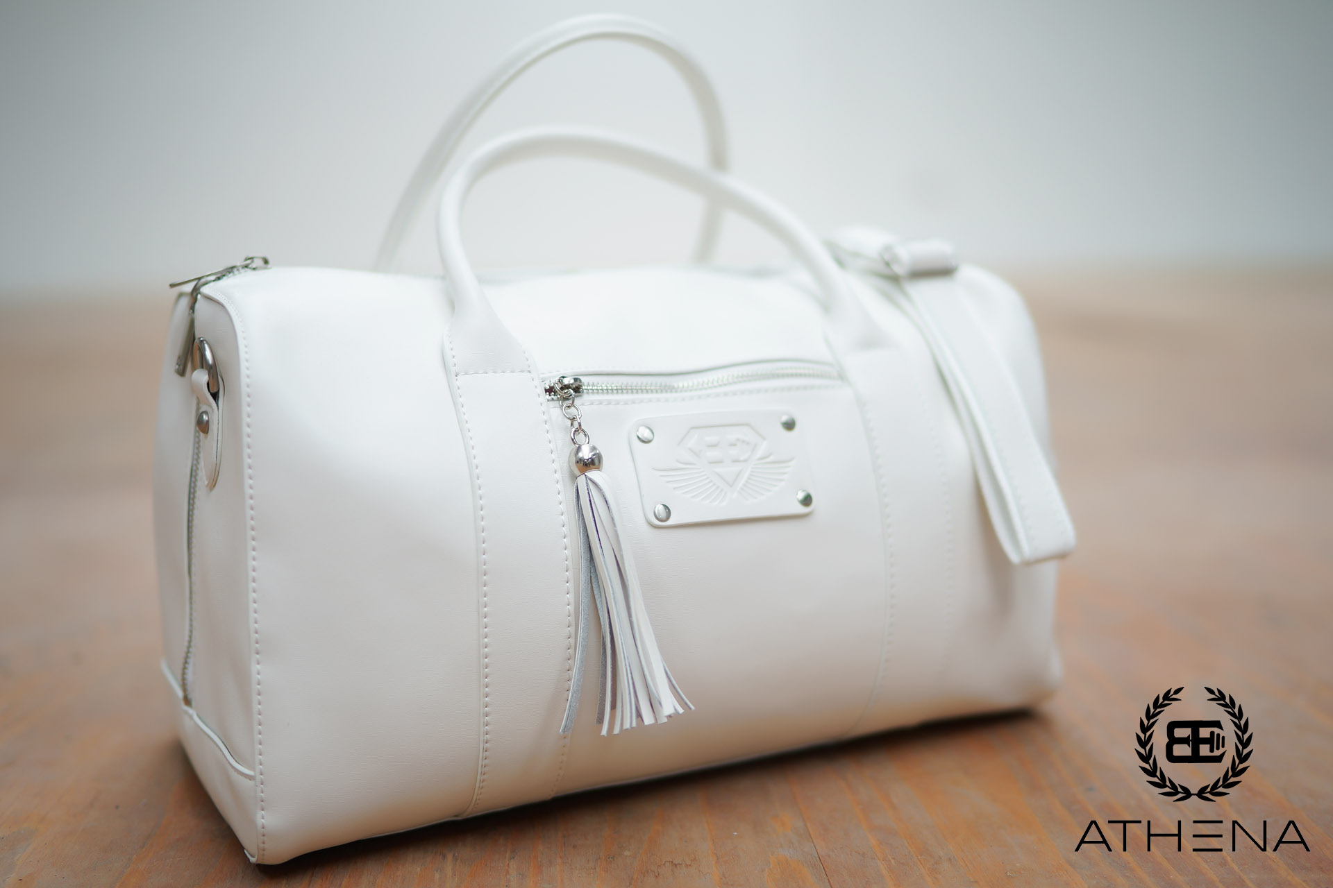 ATHENA WHITE - Premium leather lifestyle bag - Engineered Life 3a615018b614d